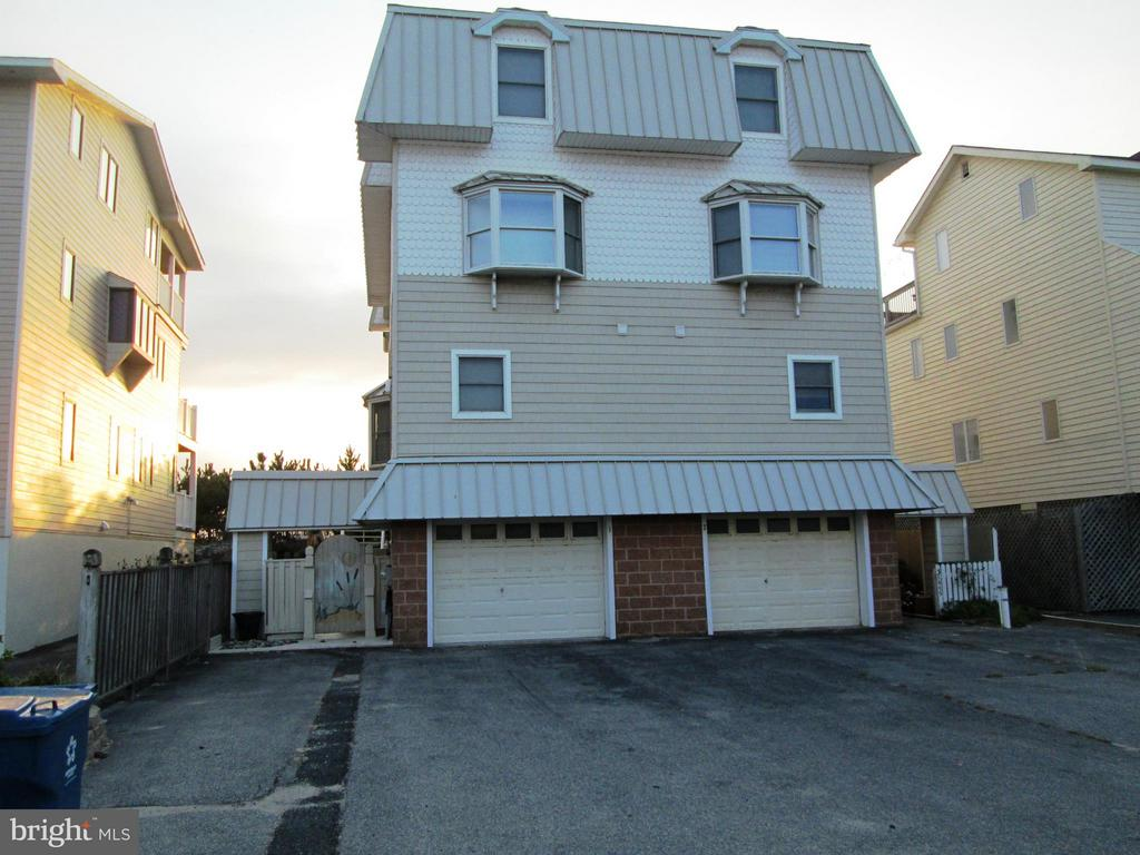 Fenwick Island DE Condominium Real Estate Sales - Bunting  Beach Landing For Sale