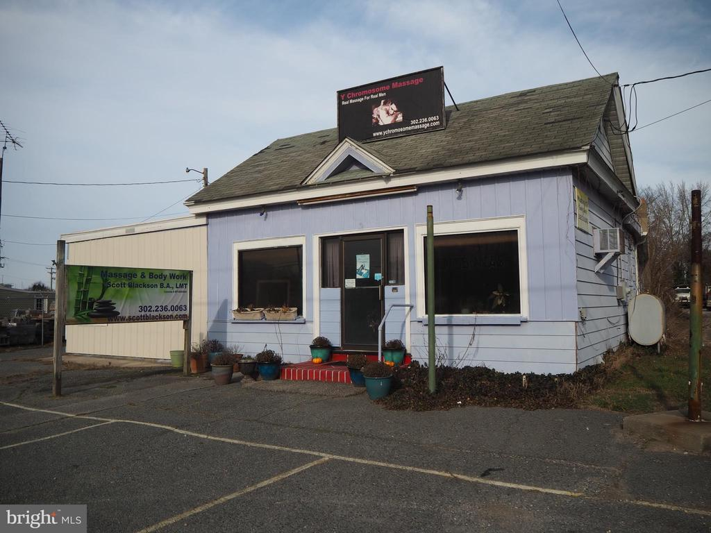 Milford DE Commercial Industrial Real Estate Sales - 215 Rehoboth   For Sale