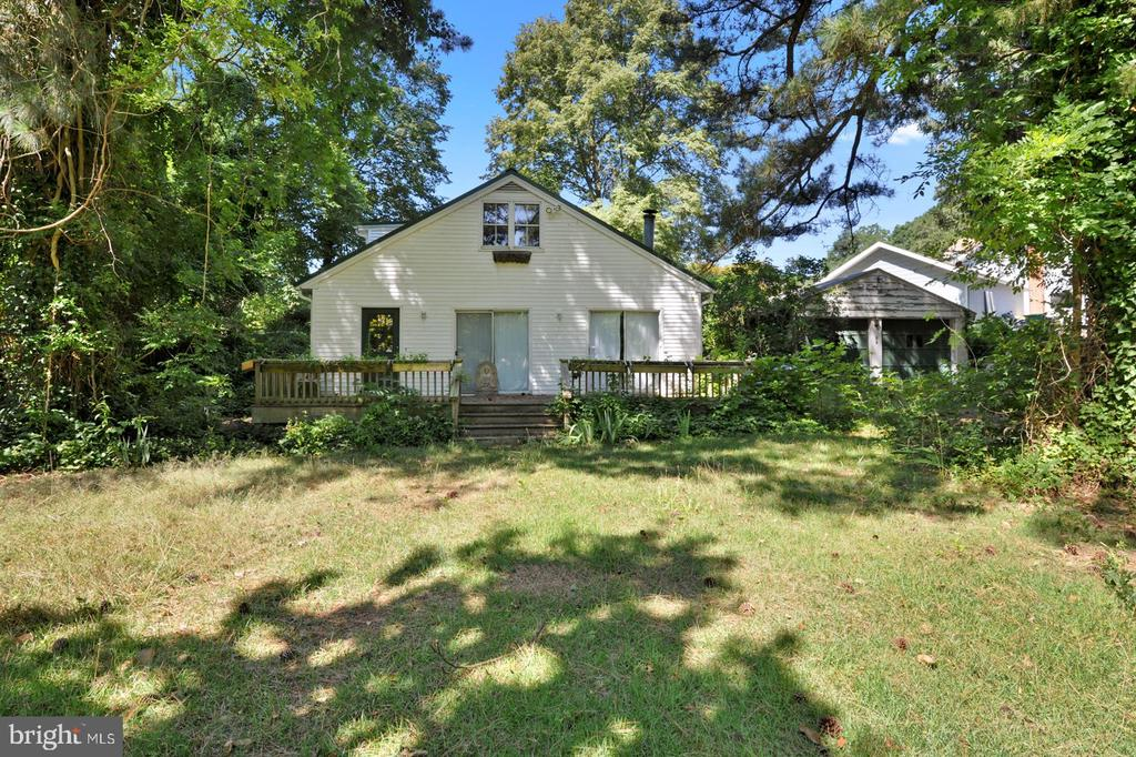Dover DE Single Family Home Real Estate Sales - 21 Shore Moores Lake  For Sale
