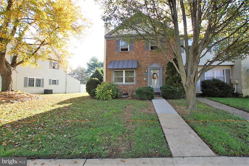 Dover DE   Real Estate Sales - 844 Woodcrest Woodcrest  For Sale