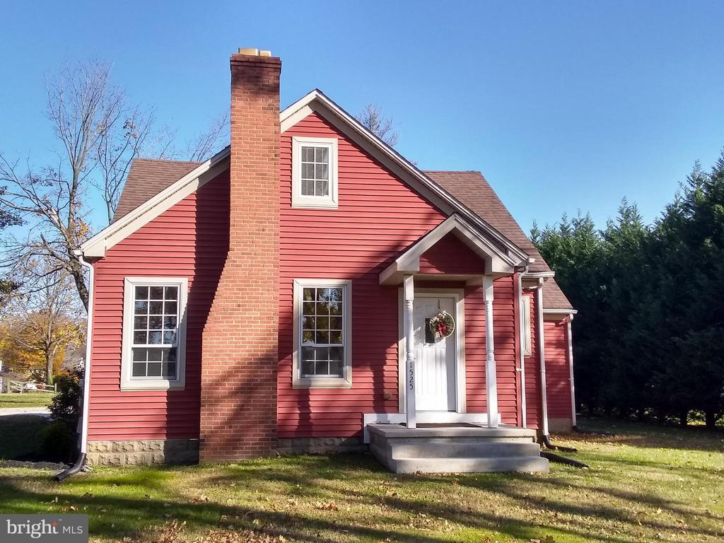 Dover DE Single Family Home Real Estate Sales - 1525 State South Dover Manor  For Sale