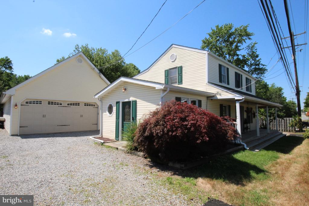 Newark DE Single Family Home Real Estate Sales - 2034 College   For Sale