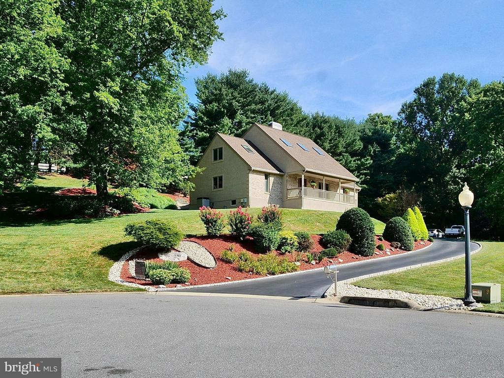 Hockessin DE Single Family Home Real Estate Sales - 12 Aldine Hockessin Glen  For Sale