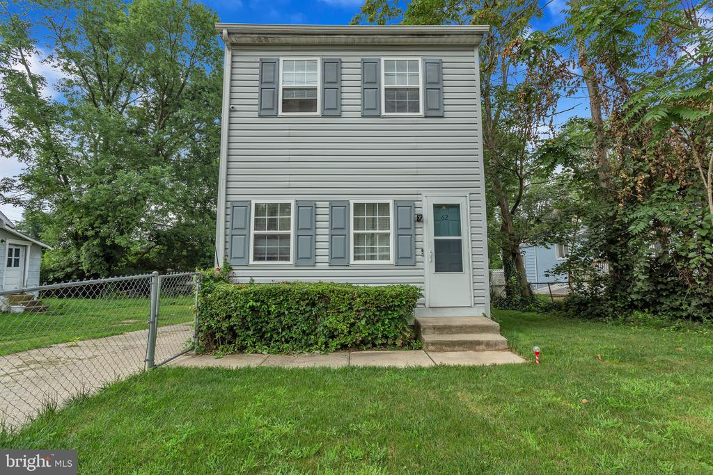 New Castle DE Single Family Home Real Estate Sales - 62 Buttonwood Buttonwood  For Sale