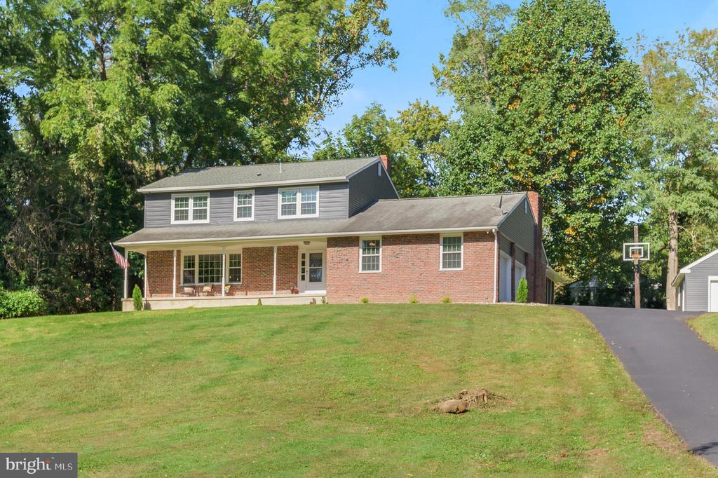 Hockessin DE Single Family Home Real Estate Sales - 2080 Brackenville Brackenville  For Sale