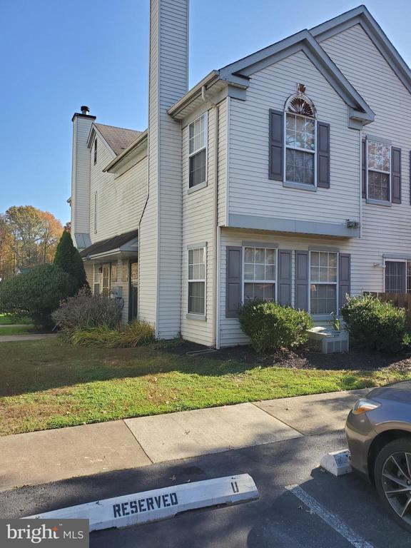 New Castle DE   Real Estate Sales - 412 Stonebridge Stonebridge  For Sale