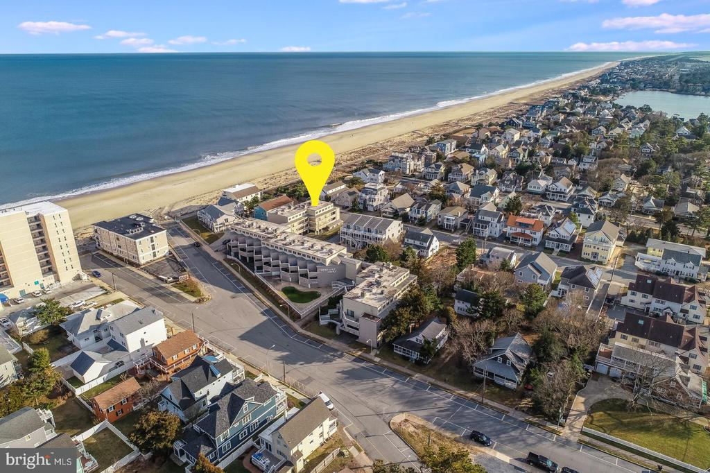 Rehoboth Beach DE Condominium Real Estate Sales - 4 Laurel South Rehoboth Mariners Court For Sale