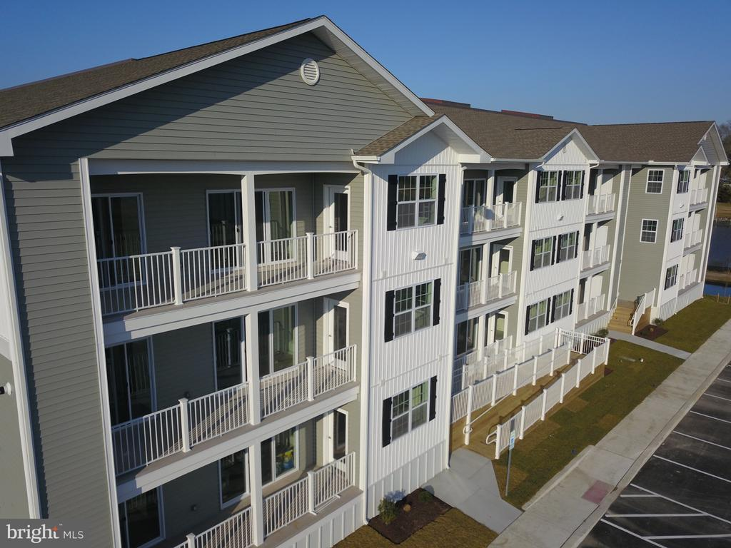 Lewes DE Condominium Real Estate Sales - 33725 Skiff Alley Residences Of Rehoboth Bay  For Sale