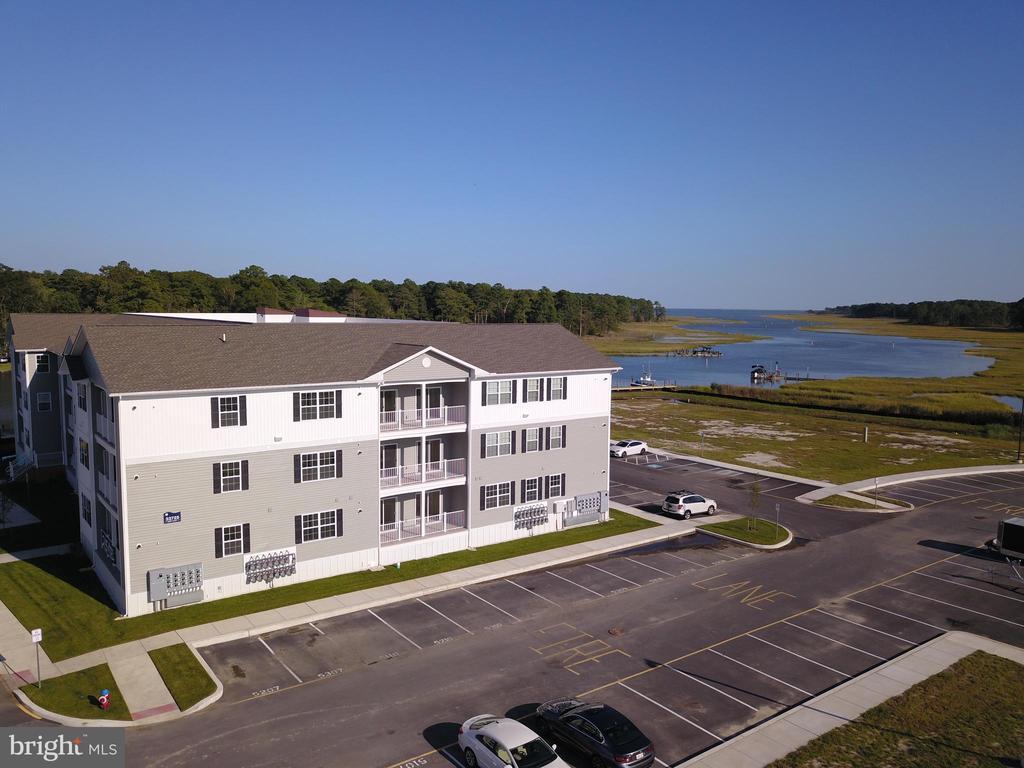 Lewes DE Condominium Real Estate Sales - 33737 Skiff Alley Residences Of Rehoboth Bay  For Sale