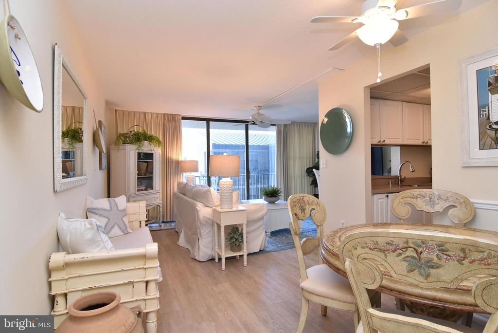 Bethany Beach DE Condominium Real Estate Sales - 208 Annapolis House Sea Colony East  For Sale
