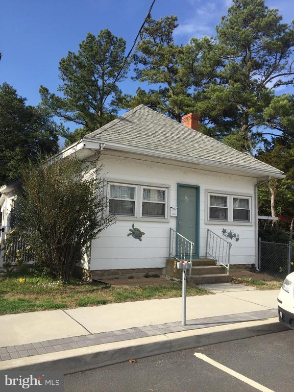 Rehoboth Beach DE Single Family Home Real Estate Sales - 63 Lake North Rehoboth  For Sale