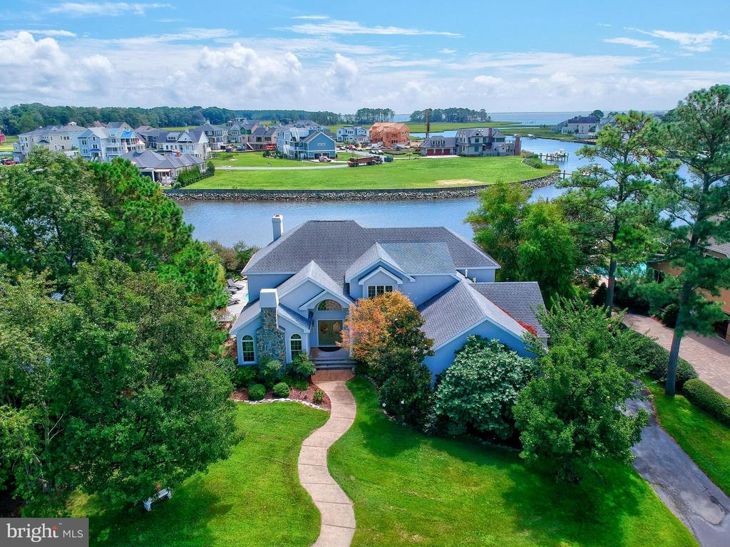 Rehoboth Beach DE Single Family Home Real Estate Sales - 143 Torquay Rehoboth Beach Yacht And Country Club  For Sale