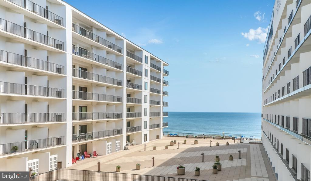 Rehoboth Beach DE Condominium Real Estate Sales - 527 Boardwalk North Rehoboth Henlopen For Sale