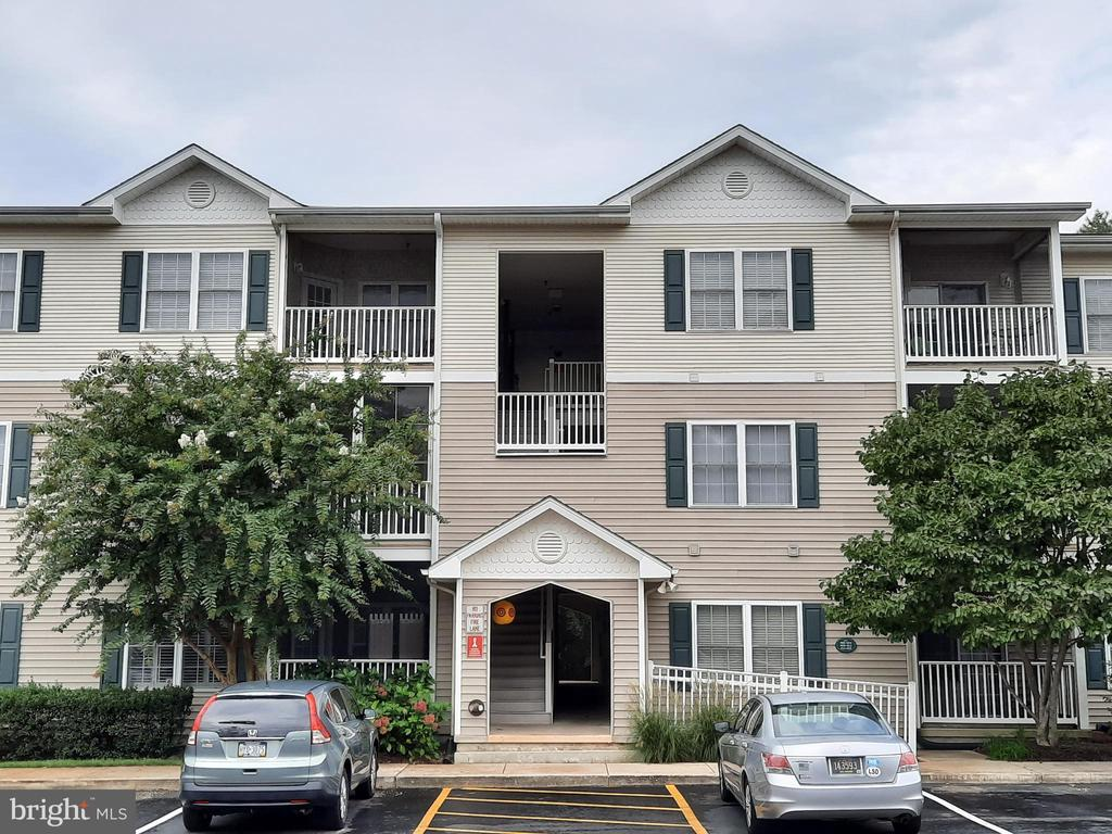 Rehoboth Beach DE Condominium Real Estate Sales - 400 Cascade Creekwood  For Sale