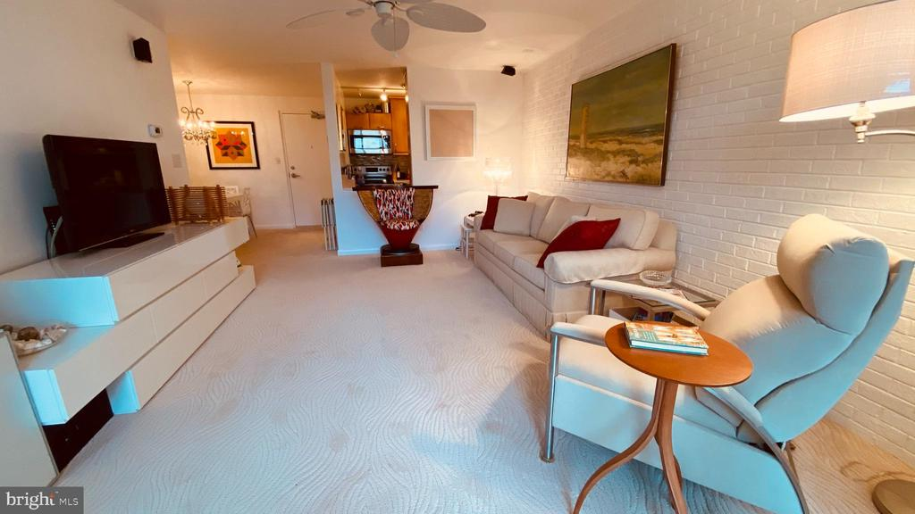 Rehoboth Beach DE Condominium Real Estate Sales - 11 Virginia North Rehoboth Crest For Sale