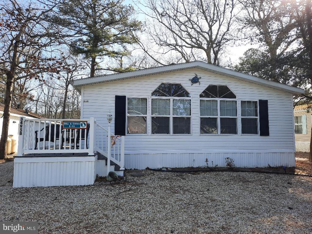 Lewes DE Mobile Home Real Estate Sales - 34958 Holly West Bay Park  For Sale