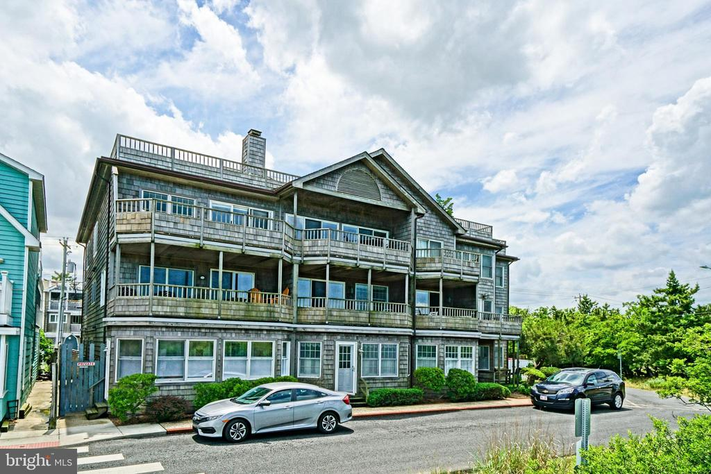 Lewes DE Condominium Real Estate Sales - 130 Bay Lewes Beach Breakwater House For Sale