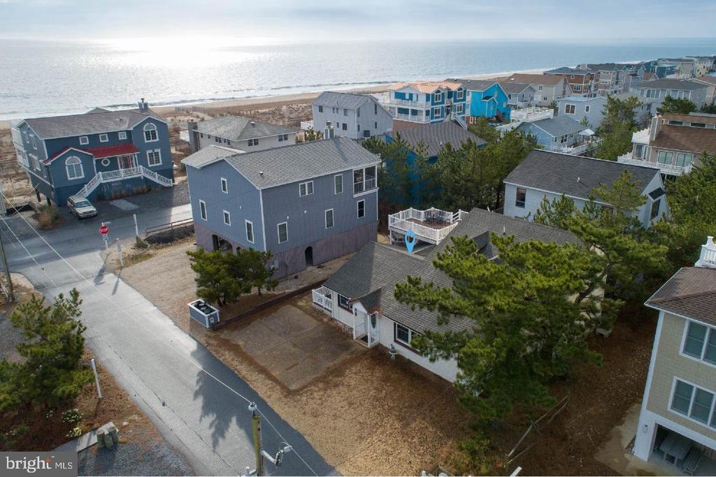 Bethany Beach DE Single Family Home Real Estate Sales - 4 1st   For Sale