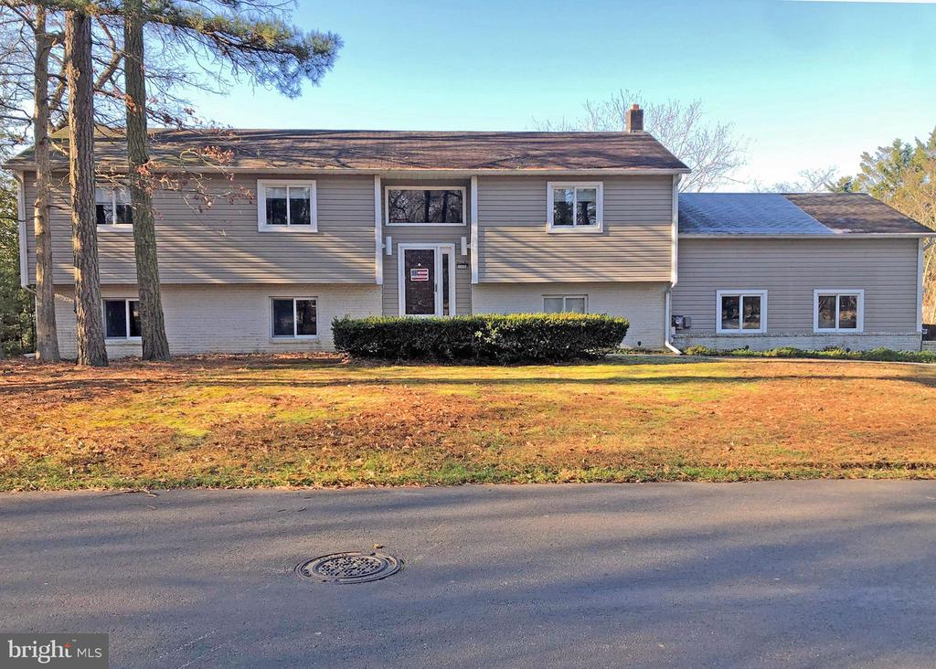Rehoboth Beach DE Single Family Home Real Estate Sales - 18 Club House Old Landing Woods  For Sale
