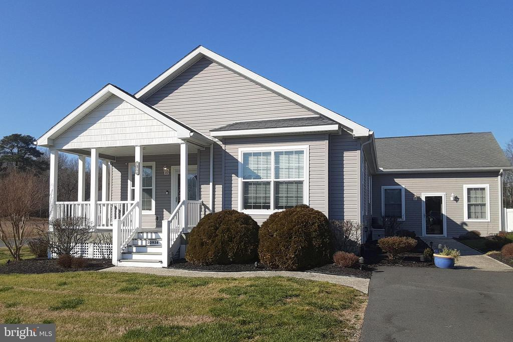 Millsboro Single Family Home Real Estate Sales - 32936 Mimosa cove Potnets Lakeside  For Sale