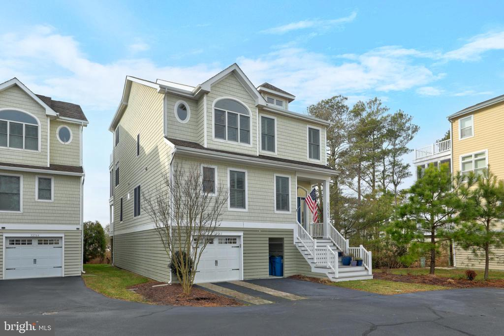 North Bethany DE Single Family Home Real Estate Sales - 32562 Heron Heron Bay Condo  For Sale